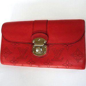 Louis Vuitton Bags - Auth LOUIS VUITTON Iris Mahina #TN1103 Wallet Long
